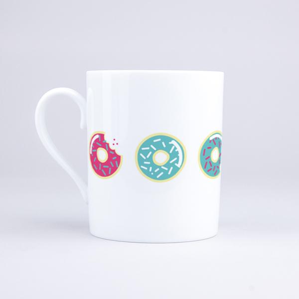 Vue du mug Donuts à croquer
