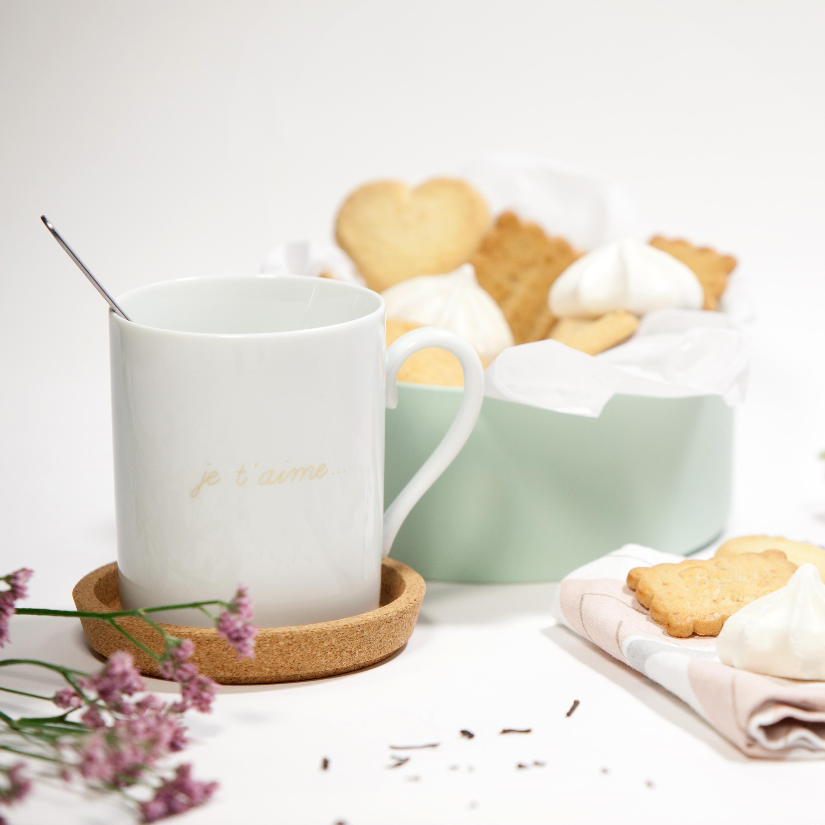 Un goûter en amoureux avec le mug je t'aime